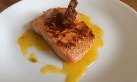 ¿Cómo hacer salmón a la plancha en salsa de naranja? Receta fácil y sana