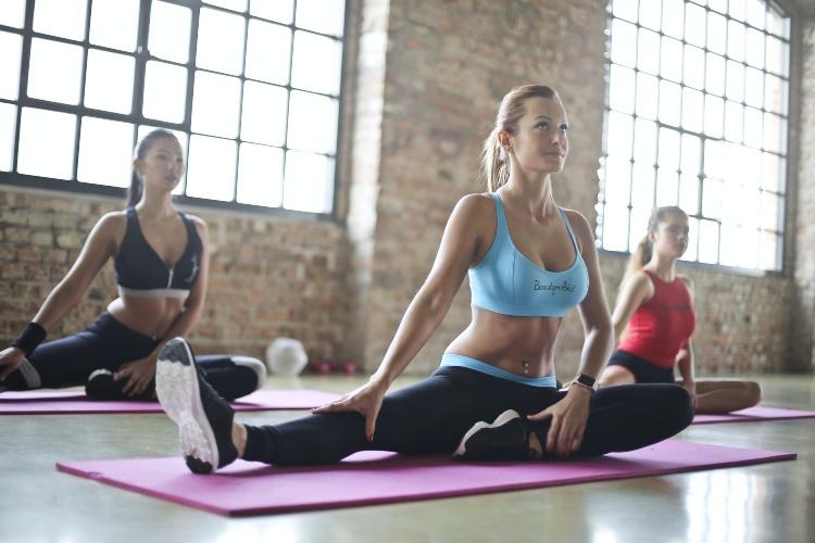 Los 10 Mejores Conjuntos de Yoga para mujer de 2021 ¡Baratos!