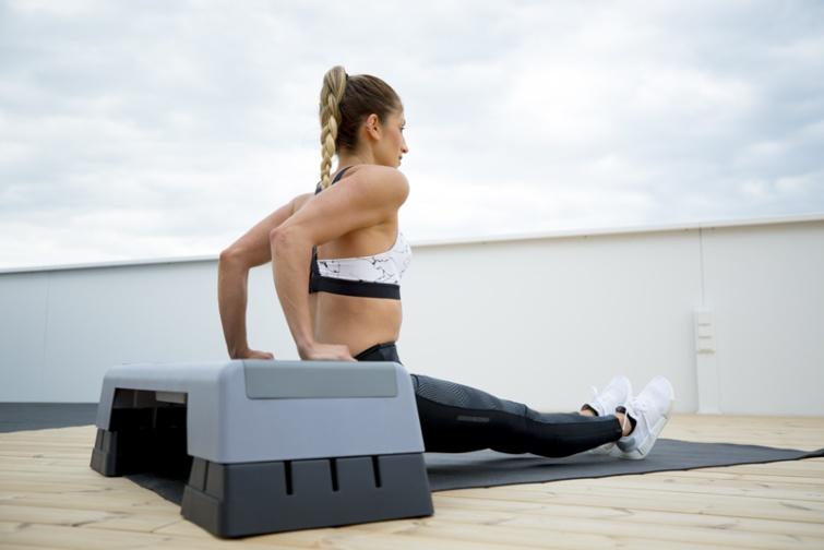 Los 5 Mejores Ejercicios de Brazos sin pesas para hacer en casa